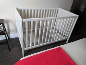 IKEA SUNDVIK CRIB, white (+projector and sound system for free)