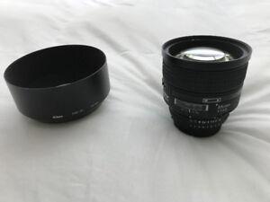 Nikon Nikkor Lens 85mm f/1.4 AF-D For Sale in Halifax