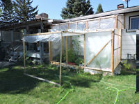 Attached home greenhouse
