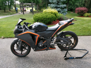 2012 CBR250R Race/Track Bike (WITH ALL STREET PARTS)