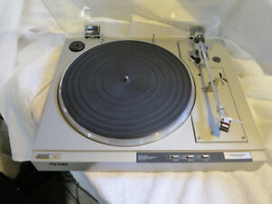 Sony Turntable PS-LX33c, new stylus, conserved, great shape $90