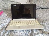 Acer aspire one Windows 7 netbook