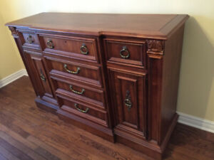 Stanley Furniture Solid Wood Buffet/Sideboard - dovetailed jnts.