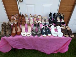 Sandales pour femme en bons état de 10 à 30$