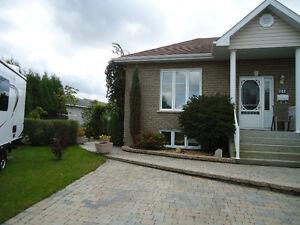 Maison à vendre 1102, avenue Robert-Jean, Alma
