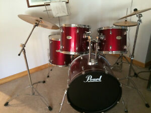 Pearl Forum Series Drum Set with upgraded Sabian B8 Cymbals.