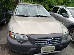 2003 Volvo XC (Cross Country) XC70 SUV, Crossover