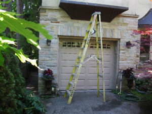 Featherlite 10 foot step ladder -industrial grade good condition