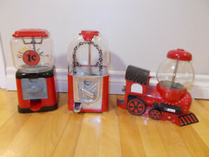 LOT of 3 VINTAGE GUMBALL MACHINES