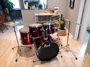 Pearl Forum Series Drumkit