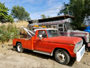 Tow Truck 1975 Ford