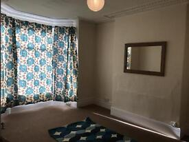 1 bedroom flat in 12A Brentwood Grove