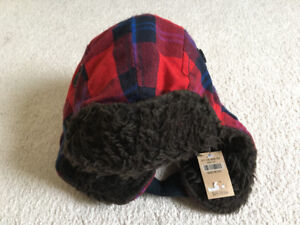 New with tag hollister plaid fur hat one size; Lululemon MAC