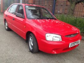 Hyundai Accent 1.5 cdx petrol AUTO.5 door hatch. Low miles 12 months mot £495