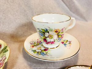 6 vintage bone China cups and saucers