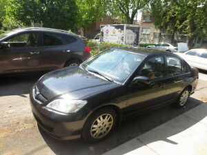 2004 Honda Civic LX Berline