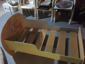Winnie The Pooh -step up toddler bedroom set Oakville / Halton Region Toronto (GTA) image 2