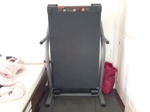 NordicTrack EXP 3000 Treadmill West Island Greater Montréal image 3