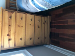 Solid Pine Bedroom set in Very Good Condition