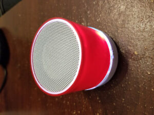 ----- Haut parleur portable -----
