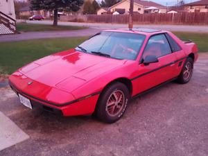 1986 Pontiac Fiero.