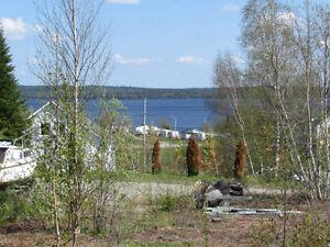 Magnifique terrain avec vue sur le lac Tiblemont