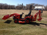 Mini Backhoe/Loader/Compact Tractor For Hire In Selkirk & Area's
