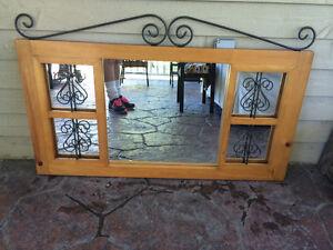 Miroir en bois et fer forgé