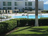 Beautiful Oceanfront 1 Bedroom w/Den w/Pools Flamingos NVallarta