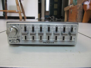 Classic Pioneer CD-7 Component Graphic Equalizer Rare Circ 1983
