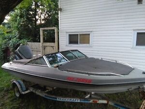 FAST BOAT FOR SALE