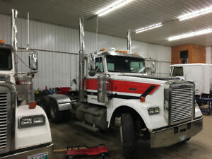 2009 Freightliner Classic for sale