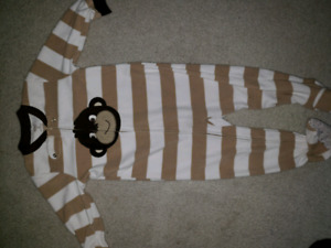 Carters fleece 2t pjs