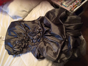 Prom dress new silver Cambridge Kitchener Area image 2