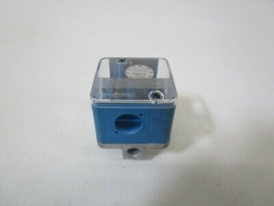 Honeywell Gas Pressure Switch C6097a 1079 Used