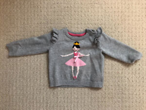 BABy girl sweater 6 to 12 months