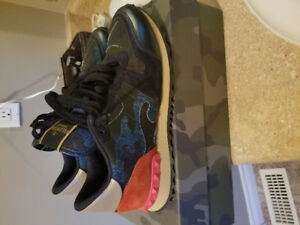 Valentino Mens Sneakers size 42