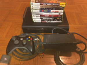 WORKING XBOX 360 / INCLUDES ALL CABLES, ONE CONTROLLER AND GAMES