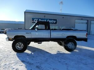 "1988 Dodge Power Wagon 2500 Reg Cab Lift 37""s 440 4x4 Restored"
