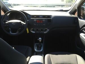 2013 KIA RIO LX * BLUETOOTH * LOW KM * LIKE NEW London Ontario image 13