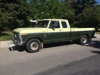 1975 Ford F-350 (safety inspected)and camper