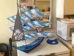 Kite - Pirate Ship 3 D - Brand NEW