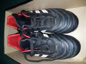 Kids Adidas outdoor  soccer shoes, size 6