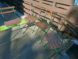 Folding outdoor chairs