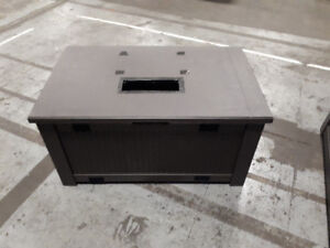 Rubbermaid Deck Storage Bin with small hole in lid