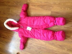 Joe fresh snow suit 3-6 months