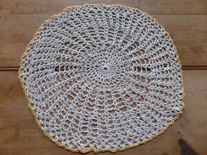 14+ beautiful doilies, many hand made, sizes vary Sarnia Sarnia Area image 6