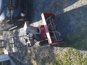 "10 hp 28"" cut snow blower"