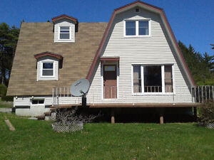 Waterfront Home or Cottage on the South Shore (Mahone Bay Area)