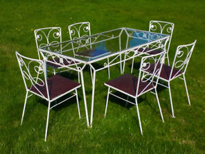 Antique parlour table and chair set